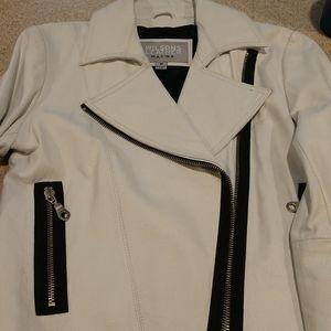 NWOT Maxima White Leather Jacket Size Medium